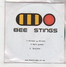 (GQ556) Bee Stings, Minjas vs Aliens - DJ CD