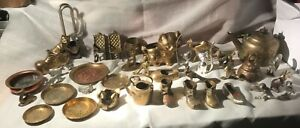 JOB LOT BRASS AND METAL ITEMS.  ANTIQUES AND CURIOUS