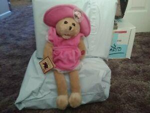 "Chantilly Lane Musicals 16"" Victoria Musical Sitting Teddy Bear Sings ""Tomorrow"""