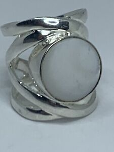 Vintage Solid 925 Sterlimg Silver Mother Of Pearl Ring