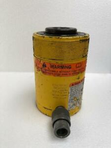 """ENERPAC RCH 302 HYDRAULIC HOLL-O-CYLINDER 30 TONS CAPACITY WITH 2"""" STROKE (2)"""