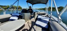 19ft Luxury Pontoon Boat (no Trailer & no Motor)