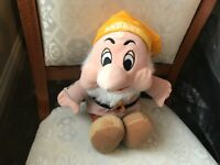 "DISNEY SNOW WHITE SNEEZY DWARF 12"" SOFT TOY PLUSH NEVER PLAYED WITH"