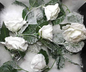 110cm SNOW FLOCKED WHITE ROSE CHRISTMAS TREE GARLAND FLOWER DECORATION 6 ROSES