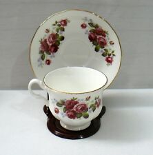 QUEEN ANNE 8 OZ BONE CHINA ENGLAND CUP AND SAUCER W/STAND USED