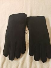 Men's UGG Black Hand Sewn Water Resistant Sheepskin Leather Gloves Medium NWT