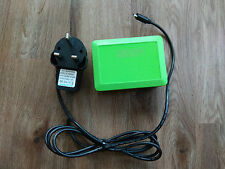 Raspberry Pi 3 Modèle B V1.2 + Carte 8 Go + CYNTECH Vert Case + USB Câble + Chargeur