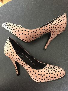 BNWT Ladies Sz 6 Anne Michelle Mocha Polka Dot Print High Heel Shoes RRP $65