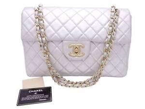Auth CHANEL Matelasse CC Logo Chain Shoulder Bag Silver/Gold Leather - e49253f