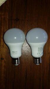Philips Hue E27 Warm White Globes X 2