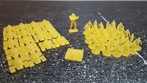 Halo Risk Wars Edition YELLOW Playing Men 56 Figure Vehicles Replacement Piece