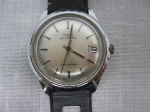 VINTAGE TIMEX AUTOMATIC WATER RESISTANT WIND UP WATCH / on face ~ 46554 10878