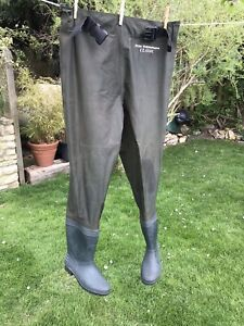 RON THOMPSON Waterproof Chest Waders Boot Foot Size M 6/8 Green Superb Condition