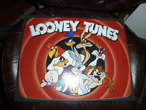Looney Tunes Family Metal Tin Sign New USA