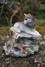 MO0537  FIGURINE STATUETTE  FAMILLE  LOUP  ANIMAL SAUVAGE