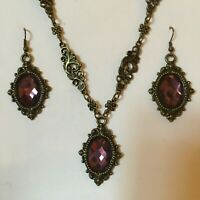VICTORIAN FRAME STYLE PURPLE FACETED GLASS dark gold PLATE NECKLACE EARRINGS SET