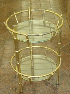 MID CENTURY FAUX BAMBOO CHINESE CHIPPENDALE GILT METAL 2 TIER GLASS SHELF TABLE
