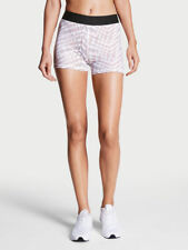 VICTORIA SPORT THE PLAYER BY VICTORIA SPORT HOT SHORT RADIATING AZTEC SIZE: MED