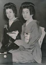 JAPON c. 1950 - Geisha Costumes Traditionnels  - Div 11211