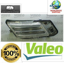 NEW GENUINE  VALEO  Volvo XC60 2008-2011 Daytime Parking Light RIGHT 31290874