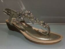 LADIES WOMENS GOLD SANDALS DIAMANTE COMFORT WEDGE MID HEEL BEACH SHOES SIZE 7