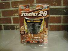 2007 NASCAR WINNER'S CIRCLE #20 TONY STEWART 1:64 SCALE STOCK CAR & HOOD MAGNET