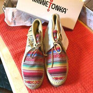 Minnetonka Women's Size 11 Frisco Champagne Deerskin Boot Moccasin
