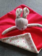 Doudou Obaibi Okaidi plat lapin souris rouge gris blanc étoile TBE