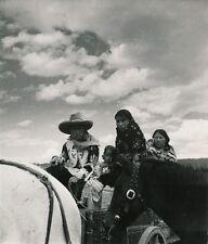 Nouveau-Mexique c. 1940 - Famille d'Indiens USA - DIV 9482