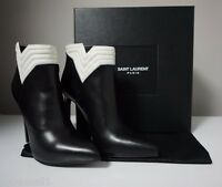 YSL Yves Saint Laurent Nero/Porcellana Leather Pointed-Toe Ankle Boots Size 39