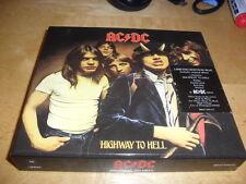 AC/DC -HIGHWAY TO HELL- LTD EDITION BOX SET DIGI-PACK, KEY RING, GUITAR PICK +