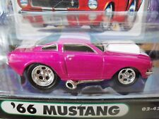 MUSCLE MACHINES - (1966) '66 FORD MUSTANG FASTBACK - 1/64 DIECAST