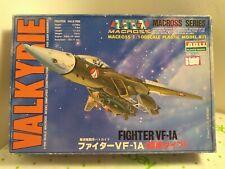 Macross Series  Fighter VF-1A 1/100 Model kit ( ARII plastic model ) NIB!!