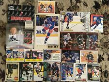 WAYNE GRETZKY HOCKEY CARDS AND FIGURINE