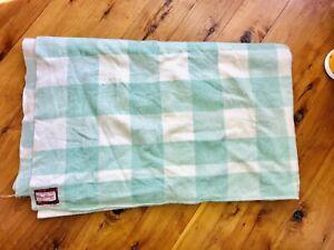 CHALLENGE Double Vintage Wool Blanket Sz 200 X 230 Ex Con Mint Green Colours