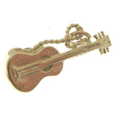 GOLD ACOUSTIC GUITAR CHARM.  HALLMARKED 9 CARAT GOLD ACOUSTIC GUITAR CHARM