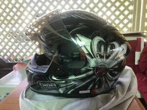 Shoei Motorcycle Helmet Sz XL with irridium visor - excellent used condition