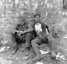 WW2  Photo WWII Wounded German Soldiers D-Day   World War Two Wehrmacht / 2426