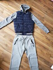 Hollister Caballeros Track Top y Pantalones en Gris y azul tamaño pequeño