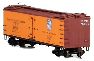 Red Caboose - RR-34154-21 - Wood Sided Refrigerator Car -Part Number: 96368