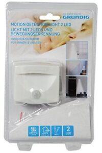 Lampada Per Interno Ed Esterno Con Luce Led e Sensore di Movimento a Batteria