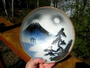 "ANTIQUE JAPANESE BLUE & WHITE KO-IMARI BOWL MOUNT FUJI 8 1/2"" MEIJI PERIOD"