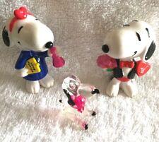 Vintage Peanuts Snoopy Figures Pvc Animals Valentines (3)
