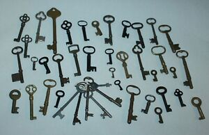 BIG LOT! Vintage & Antique SKELETON KEYS