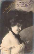 BD524 Carte Photo vintage card RPPC Femme woman Marcelle Vroen chapeau Hat