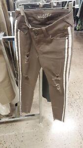 Wallflower Jeans Size 7  Womens Distressed Stretch Ankle Denim