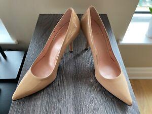 Stuart Weitzman Beige Patent Leather Pointed Toe Classic Pumps Heels Size 5