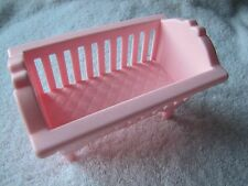 PLAYSKOOL Dollhouse Victorian Dollhouse CRIB for Loving Family ~ Pink ~ CUTE