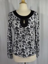 SIZE M - New $32.00 WORTHINGTON STRETCH Black White Gray Geometric Keyhole Top