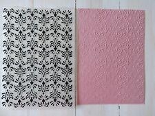Embossing Folder - Traditional